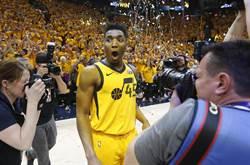 NBA》黃蜂去年沒選米契爾 都是喬丹害的?