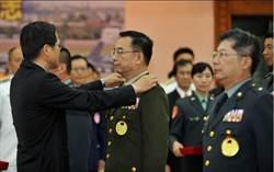 將官晉任典禮 防長嚴德發談軍改通過:軍人能安心服役
