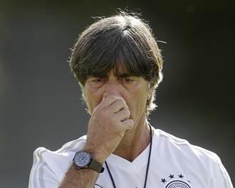 【影】世足》德國出局 英媒虧:教頭勒夫只會挖鼻孔
