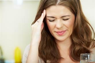 吃起司會引發偏頭痛! 醫師教你避開頭痛地雷