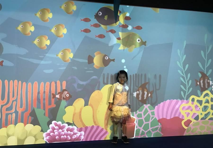 新竹市Big City即日起推出「哆啦A夢!金銀島奪寶探險」,歡迎大小朋友一同來跟大雄、哆啦A夢等一起放暑假。(陳育賢攝)