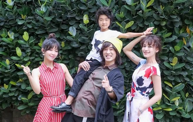 安唯綾、白潤音、導演李鼎、姚以緹出席《烏鴉燒》入圍台北電影節活動。(蘇蔓攝)
