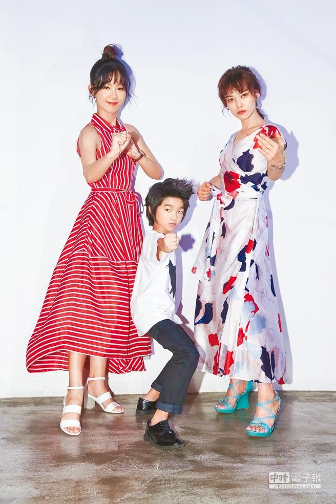 安唯綾(左起)、白潤音、姚以緹一起宣傳文學電影《烏鴉燒》。(蘇蔓攝)