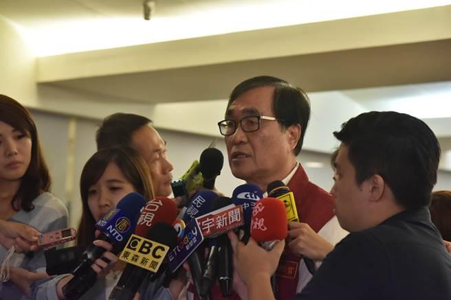 李四川擔任新北市副市長時接受記者訪問。(吳岳修攝)