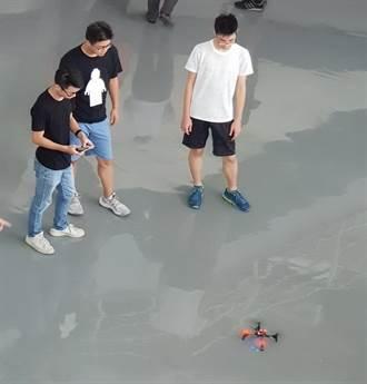 暑假好「機」會 中科機器人競賽高中隊伍拚場