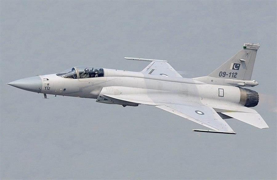熬20年終成婆!巴基斯坦JF-17=俄MiG-21+美F-16 - 軍事- 中時電子報