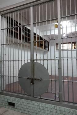被訴獄中虐死囚友 逆轉輕判1年2月