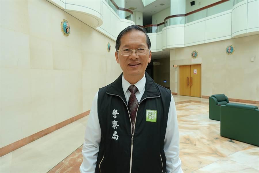 原雲林縣警局長許錫榮16日調任桃園市政府警察局督察長,他在雲林縣的一年半任內作風務實,頗受好評。(周麗蘭攝)