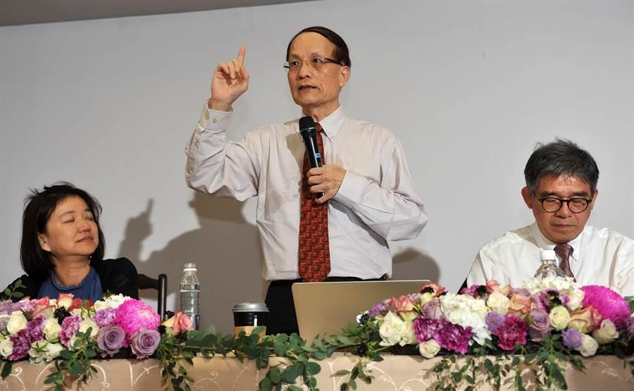 新任故宮院長陳其南昨(16)日上任立刻宣示,台北故宮要做「台灣民眾的故宮」。(劉宗龍攝)