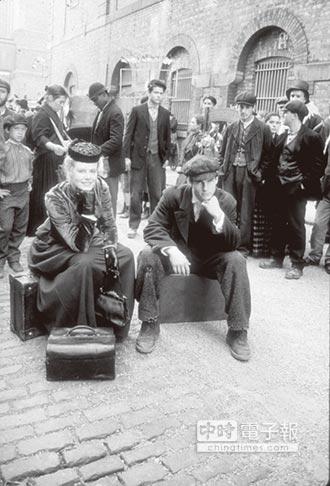 兩岸史話-為養家 捨教職赴西藏從軍