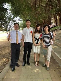 指考放榜彰中文組奇蹟學生 學測數學9級分衝到100分