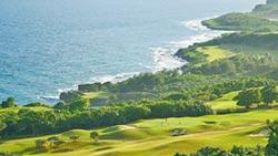 關島高爾夫球場「揮桿趣」 海景一覽無遺