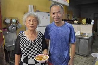 嘉義三郎豆花 60年濃濃古早味