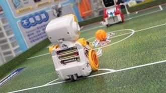 Panasonic機器人世足賽! EVOLTA挺機器人持久奮戰