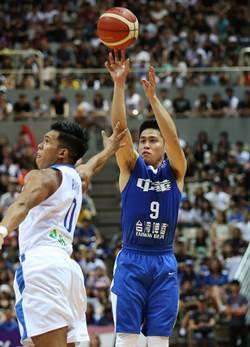 瓊斯盃》爆滿球迷傻眼!中華藍慘遭菲律賓絕殺
