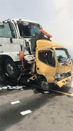 大貨車與工程車相撞 西濱快速路1死2傷