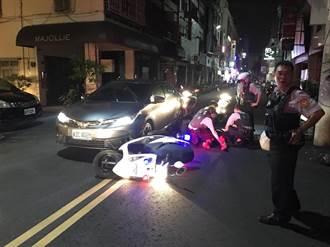 毒犯踩油門竄逃 警車卡車頭成功壓制逮捕