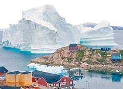 格陵蘭驚奇 家門前超大冰山