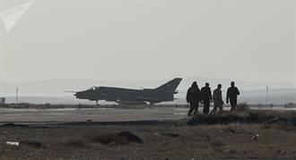 遭以軍擊落敘國蘇-22戰機 或有一飛行員生還