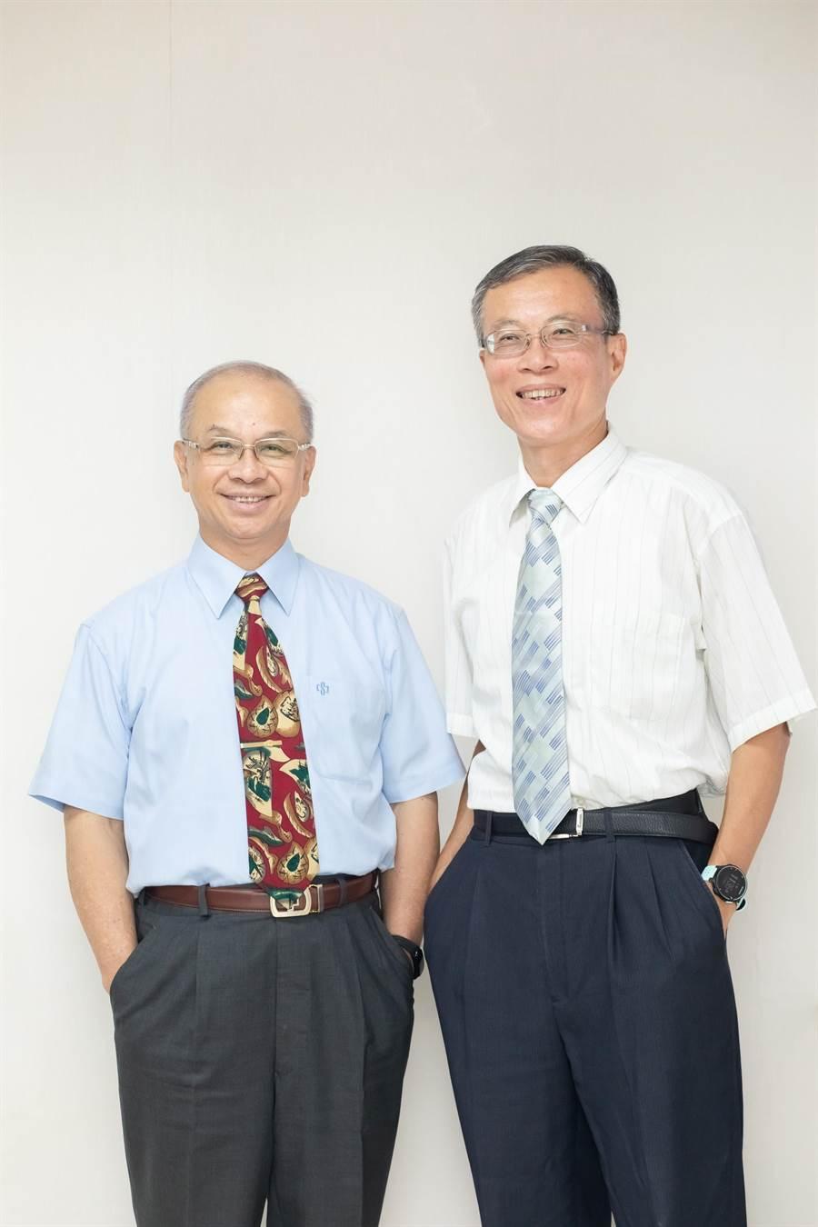 圖說:財團法人車輛研究測試中心新任董事長陳昭義(左),及新任總經理廖慶秋(右)今(26)日在接任後,合影留念。(圖/車輛中心提供)