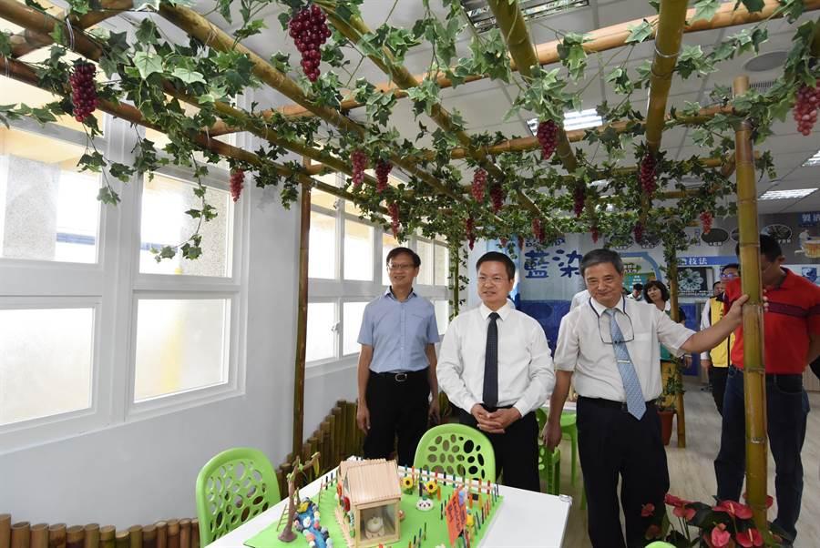 大同國中利用5間空餘教室打造職業探索中心,幫助中小學生提早認識自身興趣所在。(謝瓊雲攝)