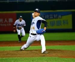 中職》蘇俊羽3球退場 洪總:投手教練有問題
