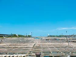 布袋第3漁港 開放蚵棚避風