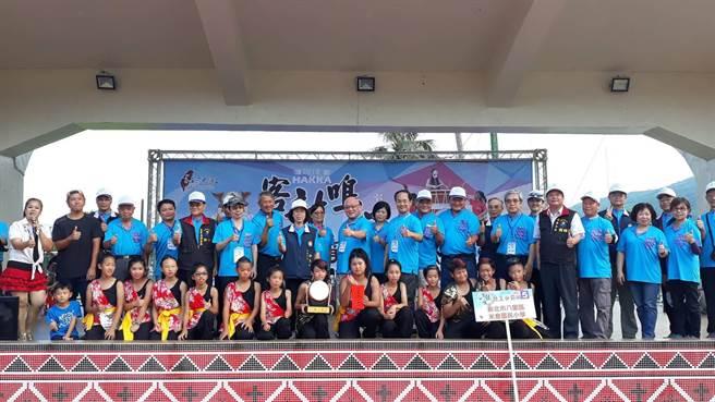 新北市八里區米倉國民小學拿下學生組的冠軍。(花蓮縣政府提供)