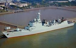 大陸長體052D驅逐艦下水 直升機甲板拉長