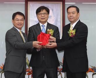 兩屆奧運射箭國手邱炳坤接任國體大校長