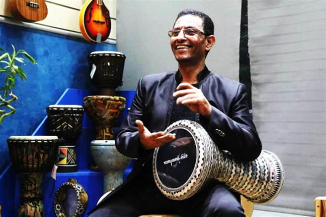 埃及當代的傳奇鼓王Yossry將會帶來精彩表演。(台灣環球東方舞藝術推廣協會提供)