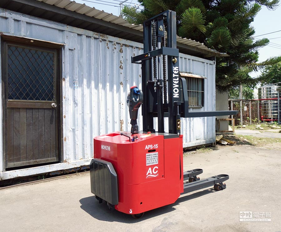 恆智重機推出的自動導引無人駕駛電動搬運設備,絕對可以替工廠、倉庫節省人力、提高工作效率。圖/業者提供