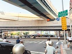 塔悠路南京東路口 年開逾4000張罰單