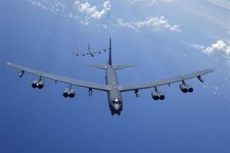 陸建軍節當天 美B-52轟炸機與P-8東海演訓