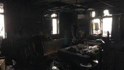 八里大火2死 警消研判起火點是2樓神明桌