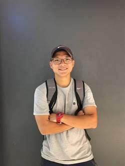 熱愛網球少年錄取鄭州大學 立志成為牙醫師
