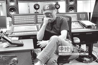 村上春樹當DJ 透露聽音樂學寫作