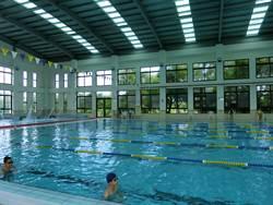 台南170校上游泳課 崇明國中增游泳池