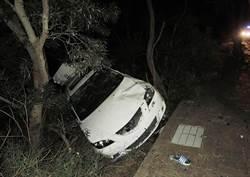 害死朋友! 17歲少年無照開車吃宵夜 下坡失控2死3傷