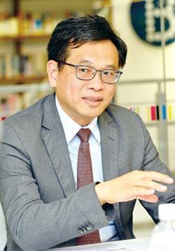 中興大學財務金融學系教授董澍琦 金金併納公股 提升整體績效