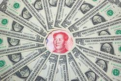 人幣貶 外儲逆增 資金未外逃