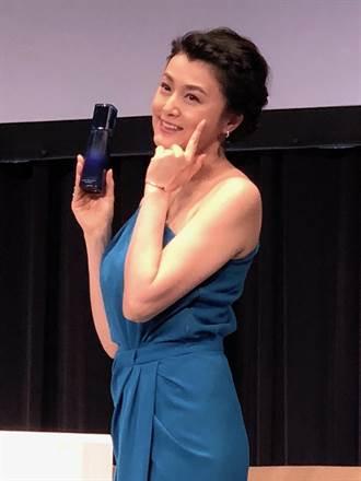藤原紀香為CHIFURE化妝品代言高級路線的新品牌