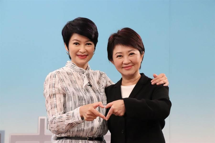 盧秀芳和盧秀燕同框中天「雙城記」 姐妹互動扯出不少家族密辛。  (中天電視台提供)