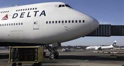 登機到起飛等好久?這家航空公司用「45度停機」完解
