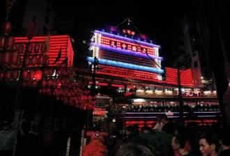 基隆老大公廟點4千盞普渡公燈 鷄籠中元祭揭開序幕