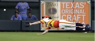 MLB》這樣也接得到? 馬里斯尼克秀撲接美技