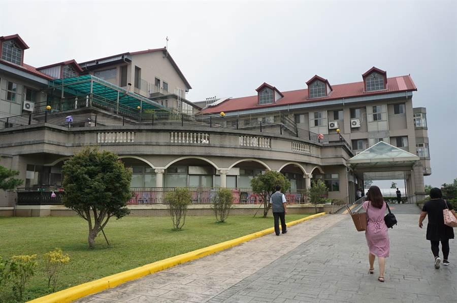位於台中豐原公老坪的田園老人渡假安養中心,環境清幽,為台中市規模最大的養護機構。(王文吉攝)