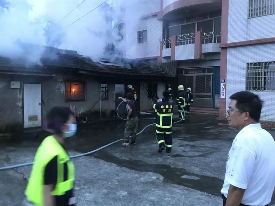 南投縣魚池鄉剛剛發生民宅火警,已迅速控制火勢。(沈揮勝翻攝)