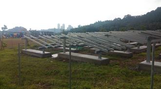 太陽能板插滿生態公園!網嘆:都犧牲肺了 哪管綠地