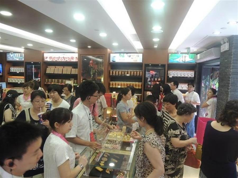 台灣知名食品業者維格餅家於上海豫園「奉禮」的旗艦店。(資料照/陳柏廷攝)
